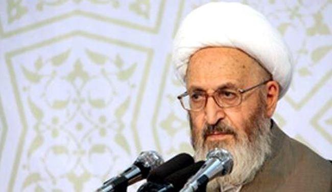 آية الله سبحاني يُحذر آل سعود من عواقب إعدام الشيخ النمر