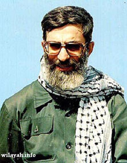 200px-Ayatollah_khamenei_001