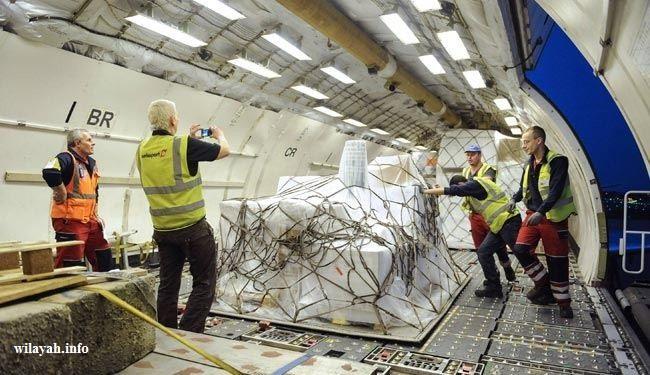 هبوط اول طائرة للصليب الاحمر في صنعاء