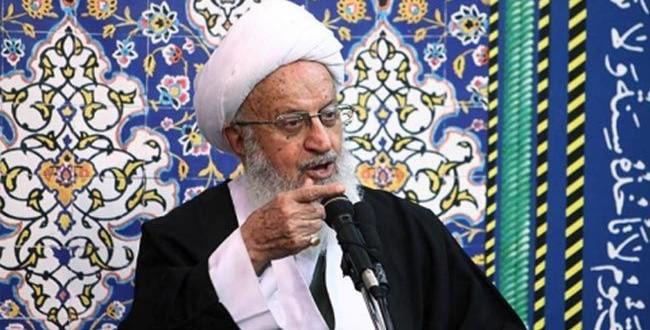 آية الله مكارم شيرازي: آل سعود عاجزون عن ادارة الحرمين الشريفين