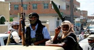 القاعدة تتوعد الإمارات بالثأر بعد هزيمتها في المكلا