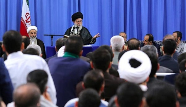 قائد الثورة: اذا انتشرت مفاهيم القرآن فلن يمكن للقوى الكبرى ارتكاب اي حماقة