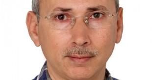 الكاتب الصحفي مصطفى قطبي